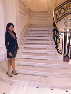 Blazer Dress: Missguided| Clutch bag: House Of Frasser | Shoes: Louboutin